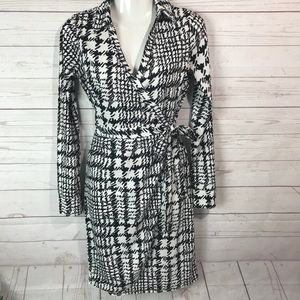 The limited wrap dress size XS